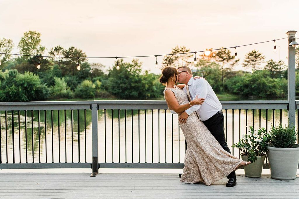 Wedding Photography | Veronica & Shane Andrews | WatersEdge| Hilliard, Ohio