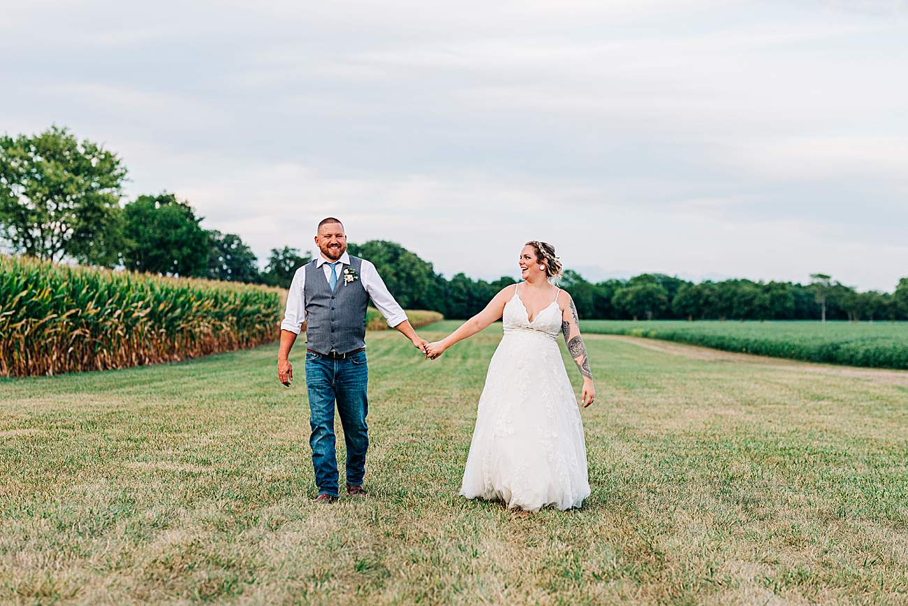 Wedding Photography | Liz & Tony Brinser | The Barn on Chapel Road| Plain City, Ohio